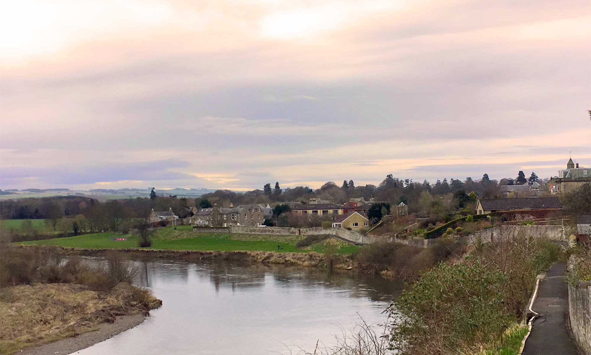 Coldstream und River Tweed