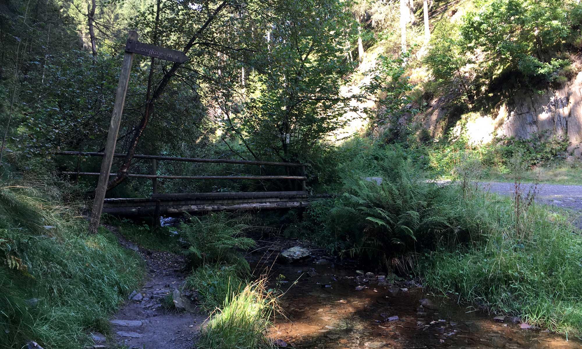 Brücke über den Pouhon
