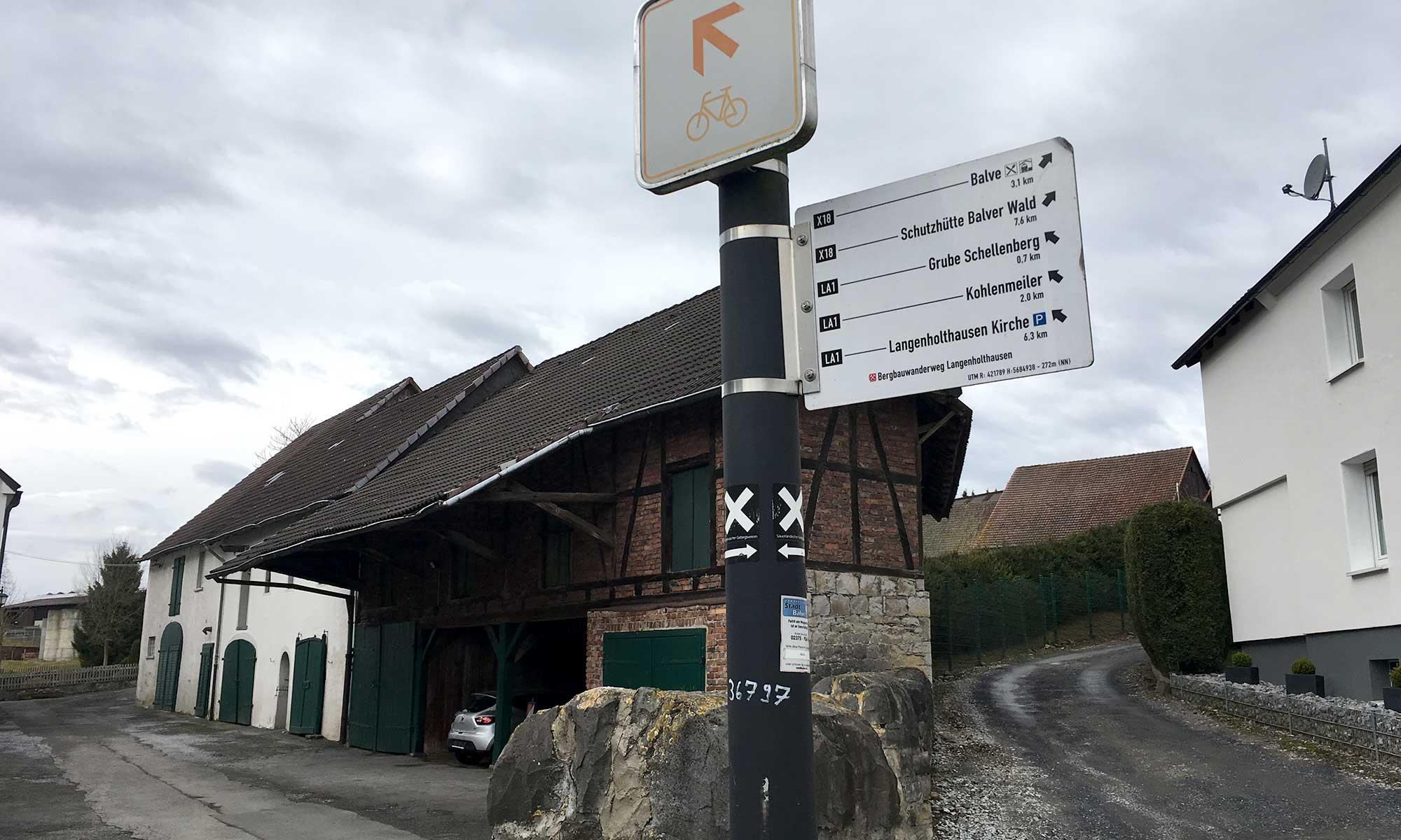 Langenholthausen Wegmarkierungen