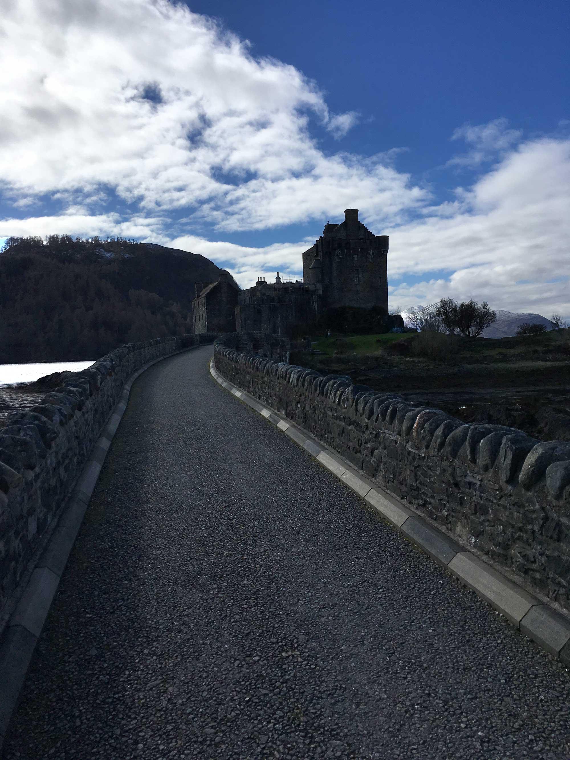 Die Brücke von Eilean Donan Castle