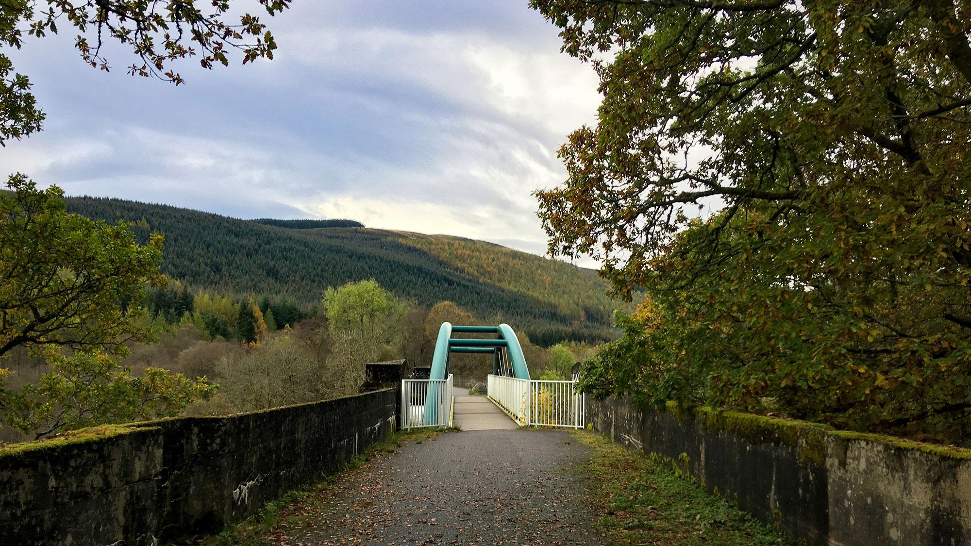 Rekonstruierte Eisenbahnbrücke