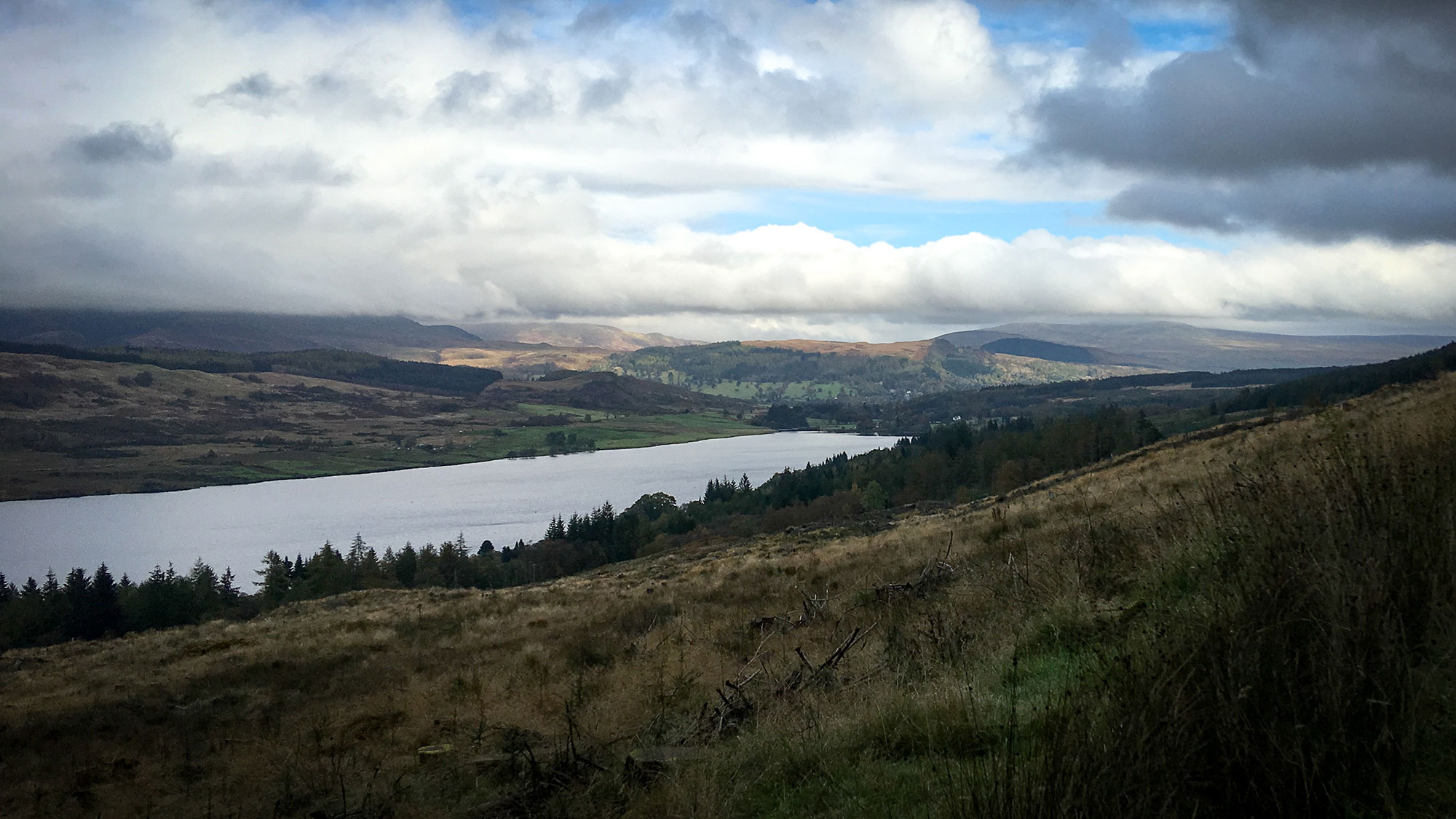 Blick aif Loch Venachar von oben