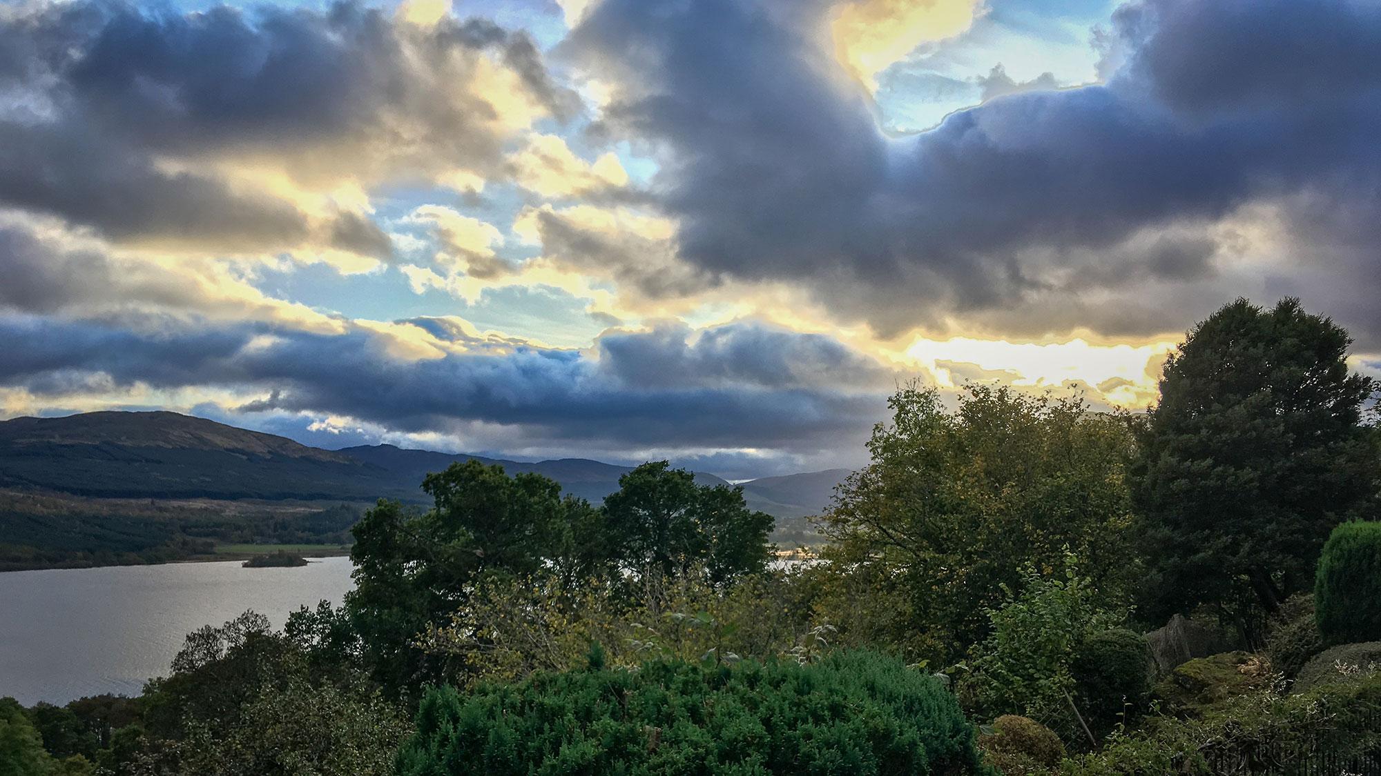 Sonnenuntergang über Loch Tay