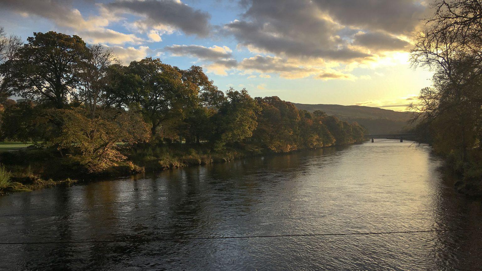Sonnenaufgang am River Tummel