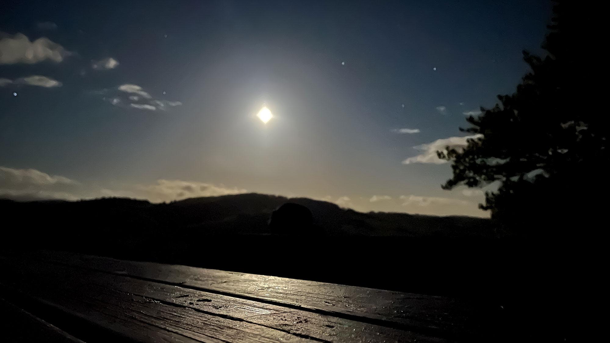 Mondlicht am Trekkinplatz-Eimelrod